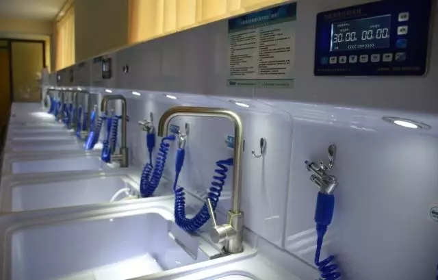一体化内镜清洗工作系统