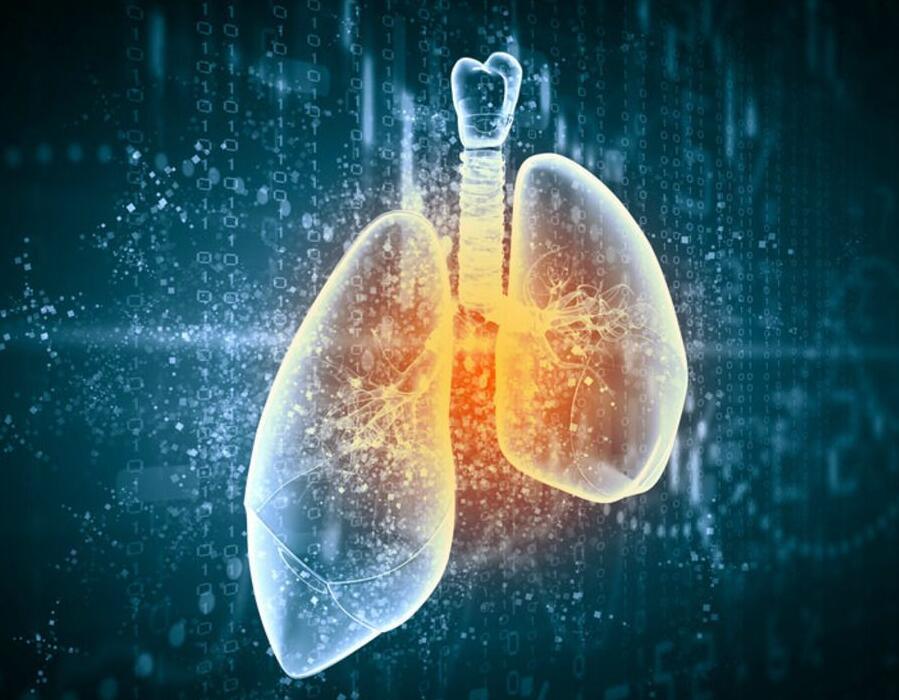 """康博刀治疗让肺癌患者不必""""挨刀""""。"""